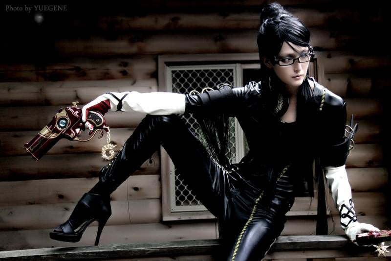 cos-play-bayonetta-costume-leather.jpg