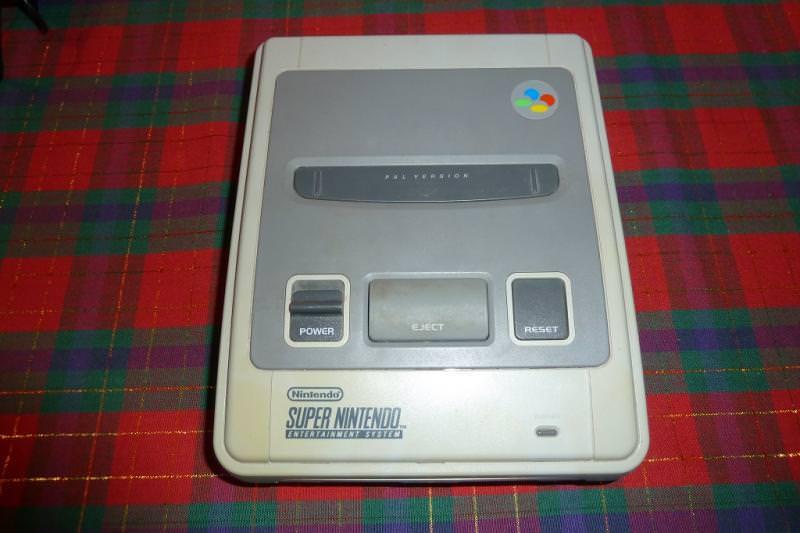 Nintendo_SNES.jpg