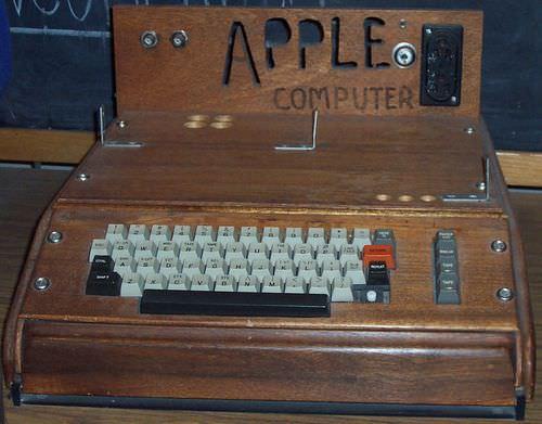 Apple_I_computer_5.jpg
