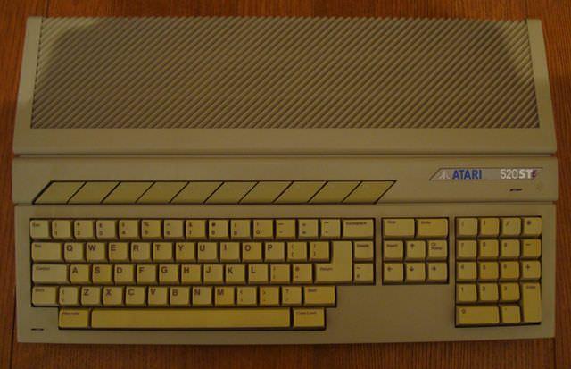 Atari_520_STE.jpg