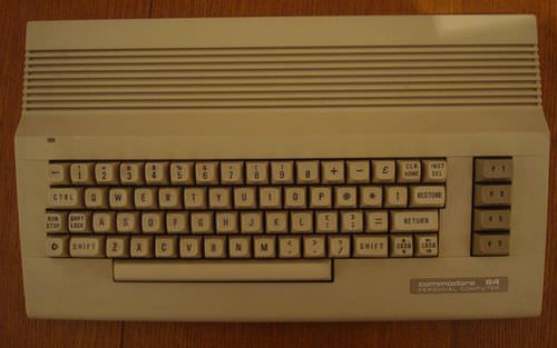 Commodore64C-001.jpg