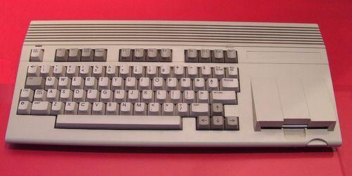Commodore_65_65a.jpg