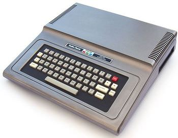 TRS-80_Color_Computer_1_a.jpg