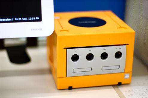 pc-computer-case-mods-nintendo-gamecube.jpg