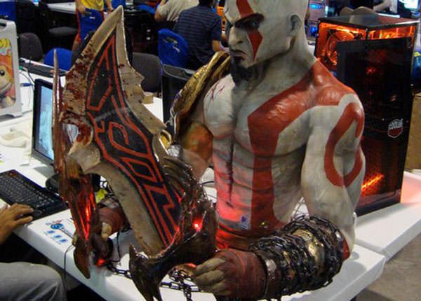 Kratos-God-Of-War-PC-Case-Mod_1.jpg