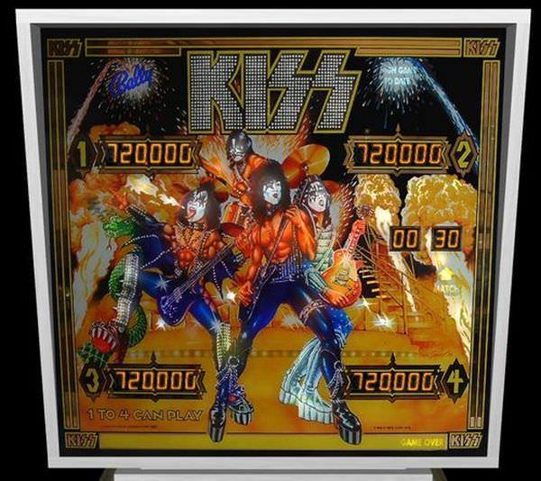 KISS_GLASS.115185415_std.jpg