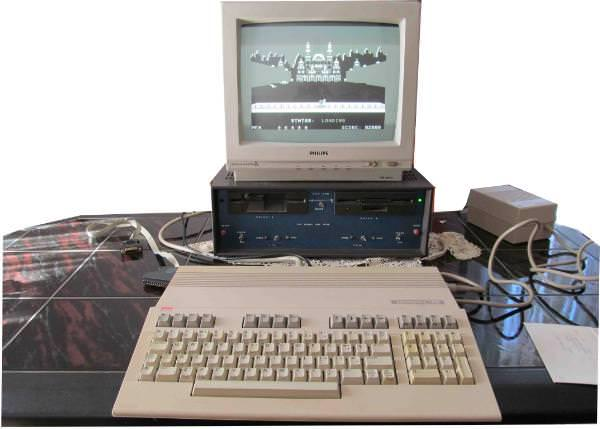 commodore-c128-monitor-floppy-discdrive-software-hardware.jpg